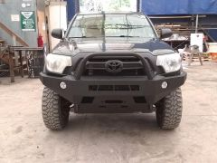 Toyota Tacoma 2nd Gen (05-15) Front Winch Bumper